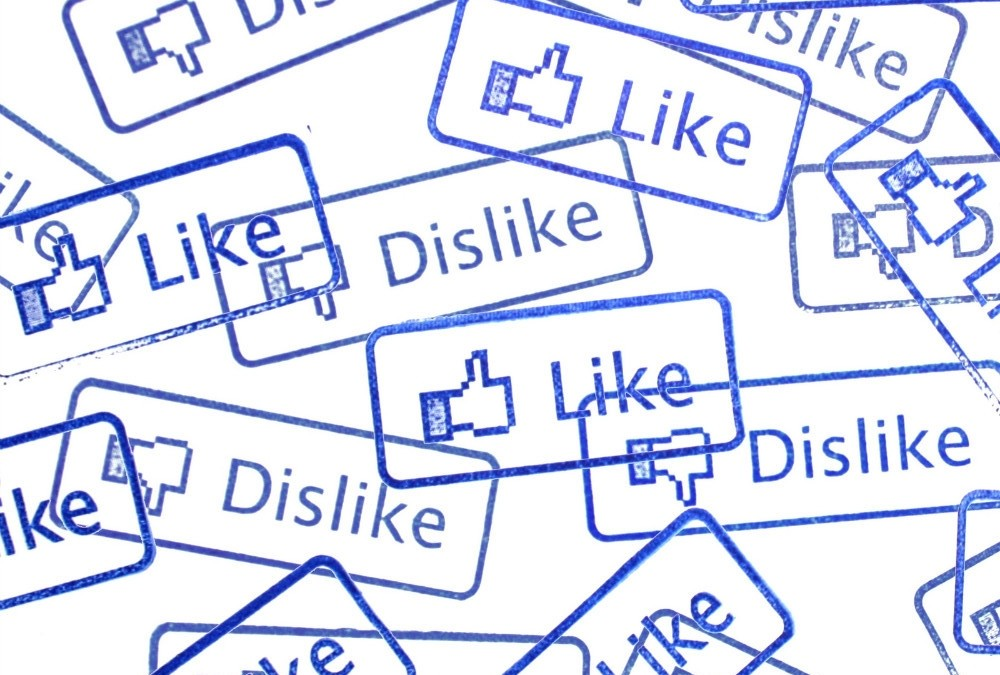 Facebook or hatebook? Έρχεται το «dislike» button